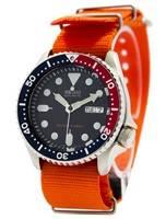 O relógio dos homens da correia NATO 200M OTAN do mergulhador automático de Seiko SKX009K1-NATO7